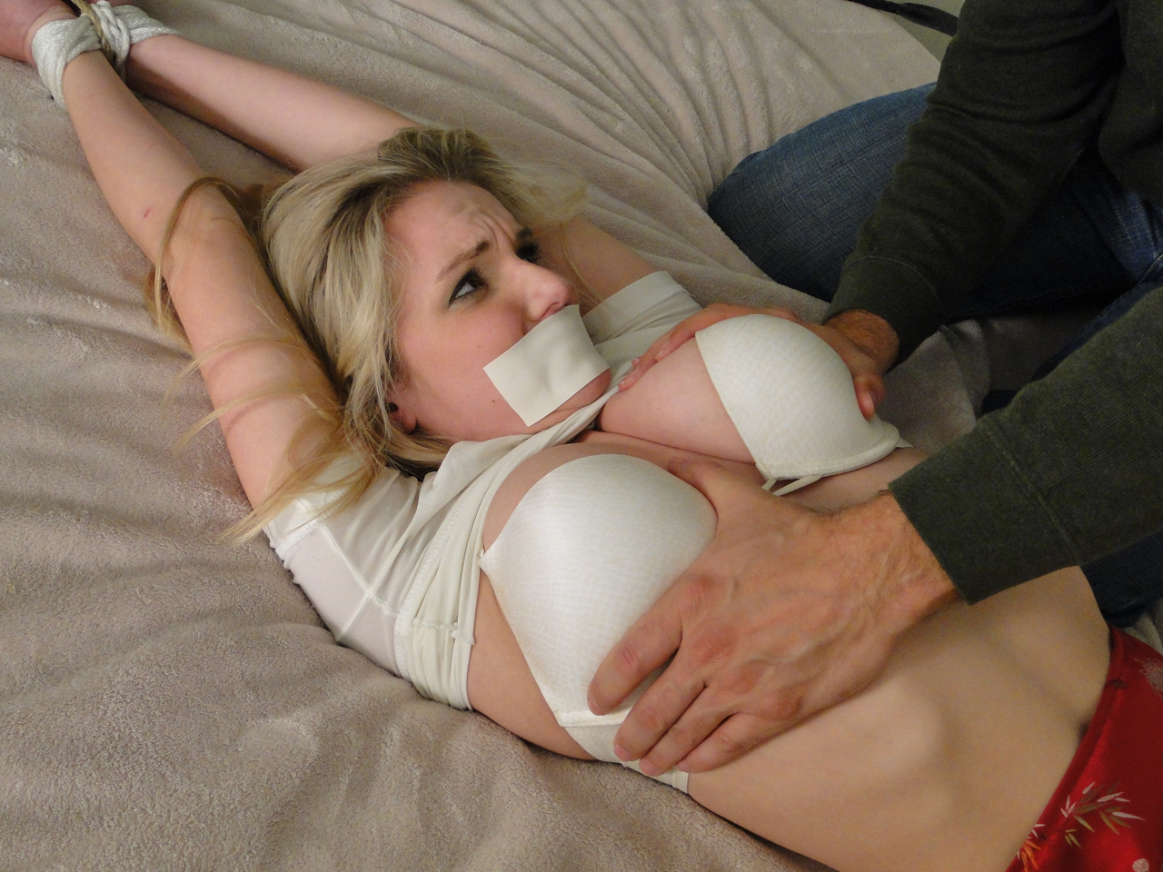 groped girl